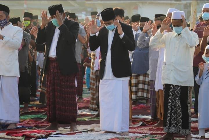 Terapkan protokol kesehatan, Sholat Idul Adha 1441 H berjalan khidmat