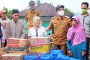 Beri Sejumlah Bantuan, Wabup Arie Kunjungi Korban Kebakaran di Lubuk Durian