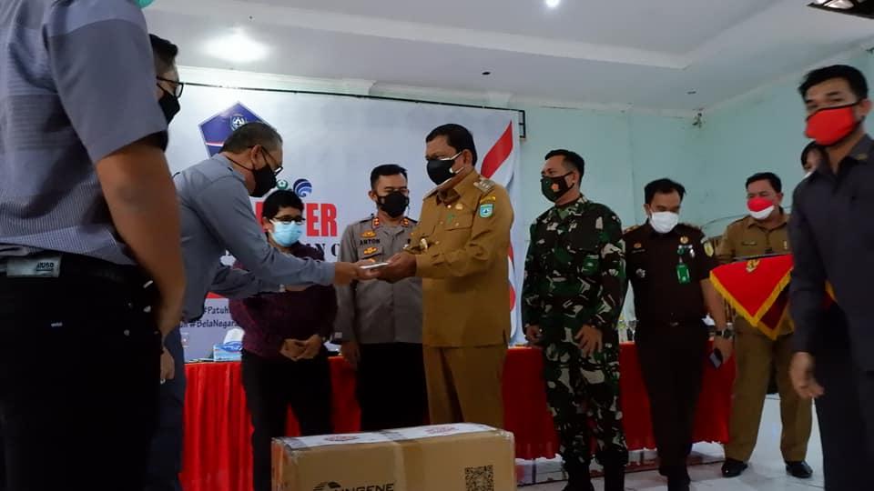Pemkab Bengkulu Utara Terima Bantuan 9.000 Alat Tes Swab Antigen dan 255 Tabung Oksigen dari Forum TJSLP BU