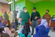 Bupati Mian Pantau Vaksinasi di Kecamatan Air Napal