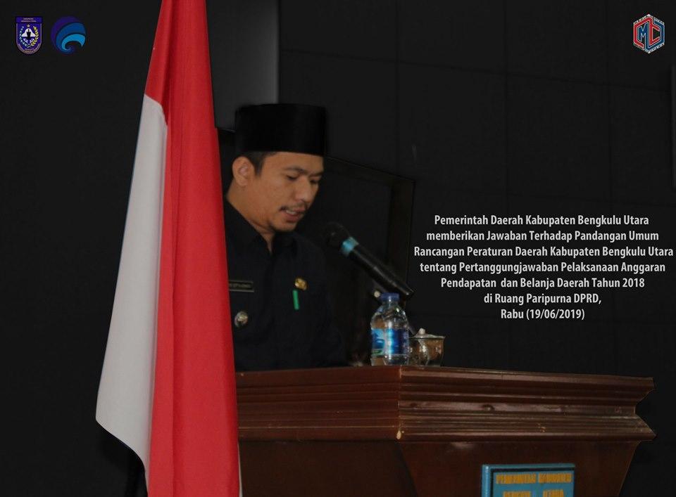 Wakil Bupati Bengkulu Utara Sampaikan Jawaban Pandangan Umum Raperda APBD 2018