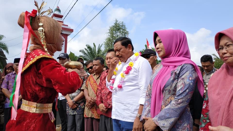 Kunjungan Kerja Bupati Bengkulu Utara dalam Rangka Bakti Sosial Lomba Menu Masak Ikan serta Pembinaan Pokdakan