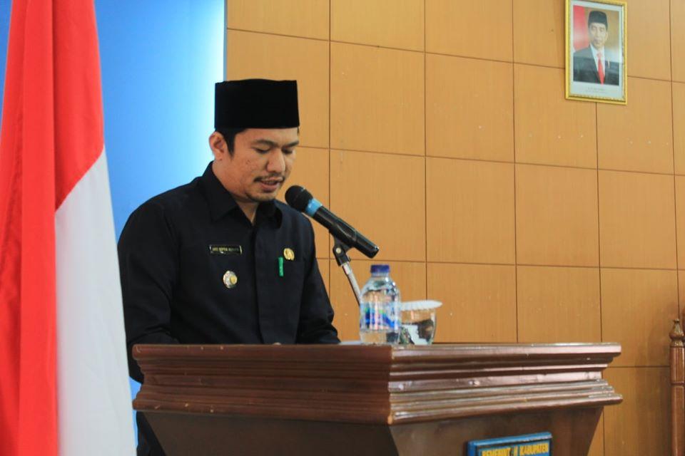 Wabup BU Sampaikan Jawaban Eksekutif atas Pandangan Umum Fraksi DPRD Terhadap APBD Tahun 2020
