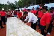 Penandatanganan Prasasti Pembangunan Sarana Prasarana dan Produksi Perkebunan
