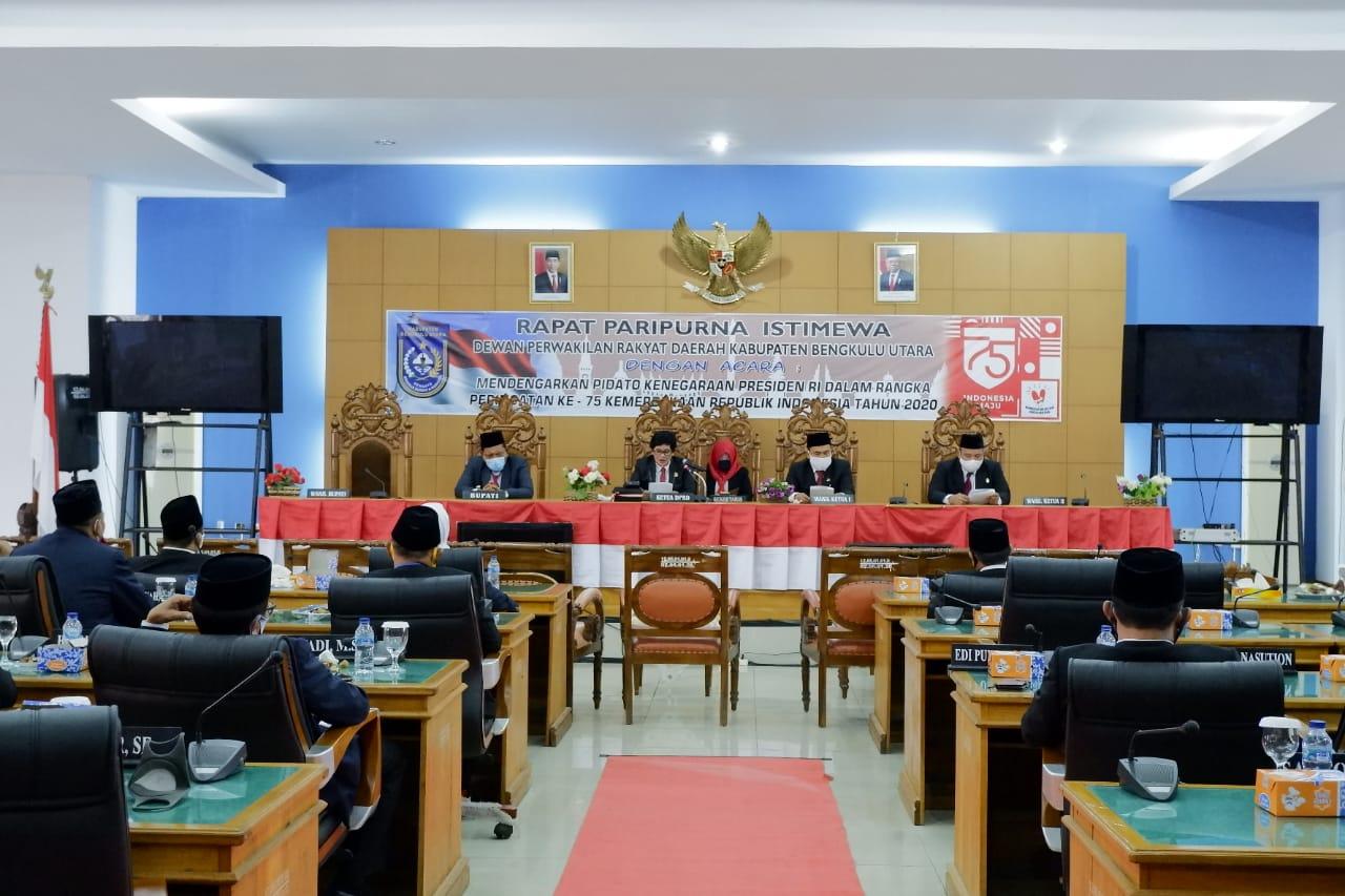 Bupati Mian, DPRD dan Forkopimda Bengkulu Utara Ikuti Paripurna Mendengarkan Pidato Kenegaraan Presiden RI