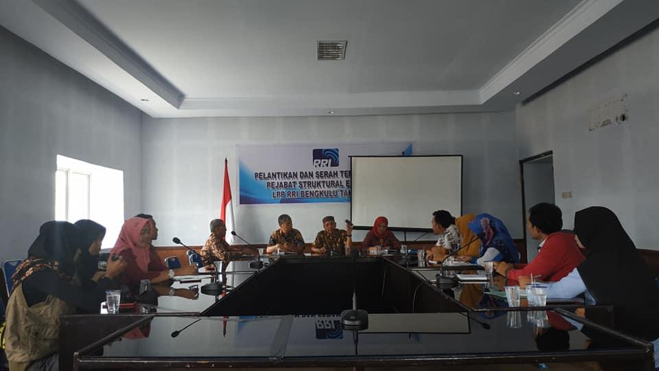 Tingkatkan Kualitas Penyiar, Radio Kharisma Studi Banding ke RRI Bengkulu