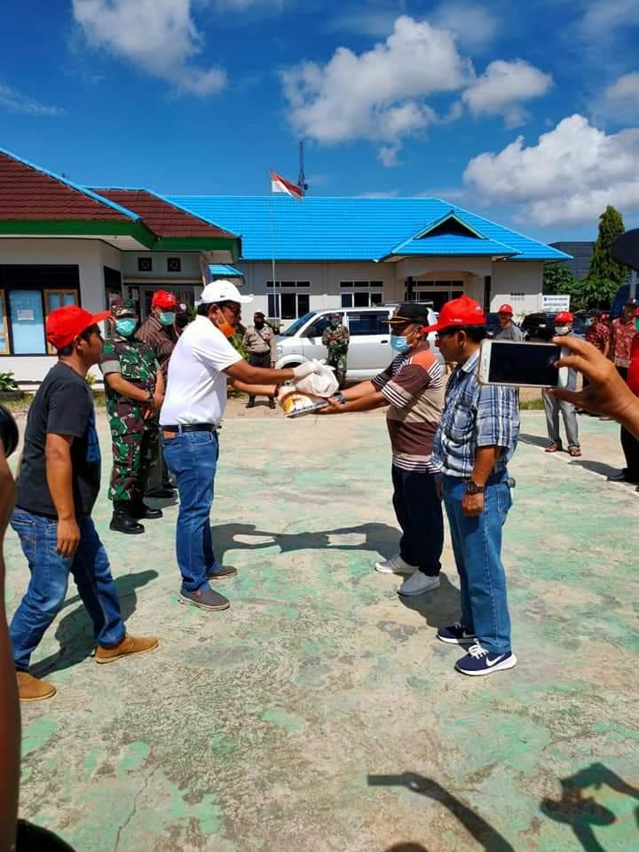 upati Bengkulu Utara Berikan Bantuan Sembako untuk ODP Wilayah Ketahun