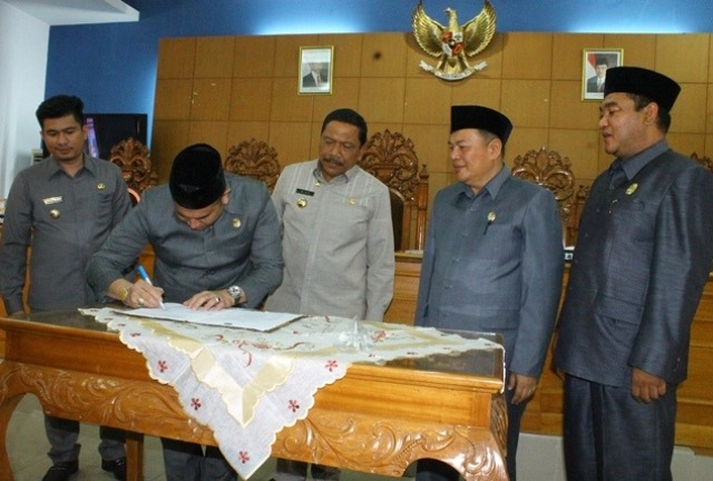 APBD 2017 Kabupaten Bengkulu Utara Disahkan
