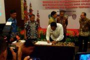 Bupati Bengkulu Utara ikut Menandatangani Rencana Aksi Pemberantasan Korupsi dan Penyerahan Source Code Aplikasi E-Planning dan Perizinan Terpadu