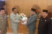 Bupati Menyampaikan RAPBD Tahun 2017 Kabupaten Bengkulu Utara