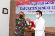 Sambut Tim Puldater Wiltas Mabes TNI Wabup Arie Harapkan Pengembangan Akses Enggano