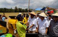 Panen Raya Padi Sawah Marga Sakti Seblat, Petani Tingkatkan Hasil Pertanian