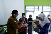 Momen HUT Himpaudi, Bupati BU Promosi dan Bagikan Batik Kagano