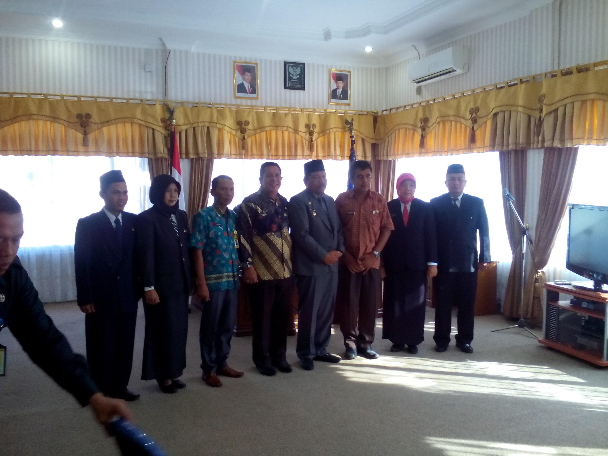 Bupati Bengkulu Utara Melantik 8 Pejabat di Lingkungan Dinas Kependudukan dan Catatan Sipil