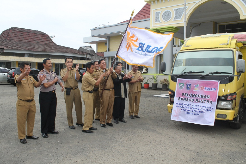 Peluncuran Bansos Rastra Perdana di Tahun 2018, Diberikan Secara Gratis Untuk Masyarakat Bengkulu Utara Penerima Manfaat