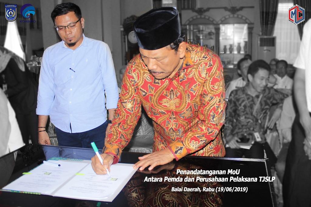 Bupati Bengkulu Utara Tanda Tangan MoU TJSLPdengan 17 Perwakilan Perusahaan