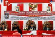 Bupati dan Wakil Bupati Bengkulu Utara Mendengarkan Sidang Pidato Nota Kenegaraaan Presiden RI