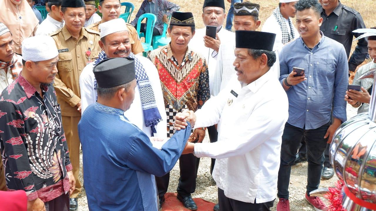 Bupati Mian Hadiri Batagak Kudo-Kudo Surau Jamik Syathari