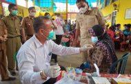 Antusias Masyarakat Padang Jaya Ikut Serbuan Vaksinasi di Apresiasi Bupati